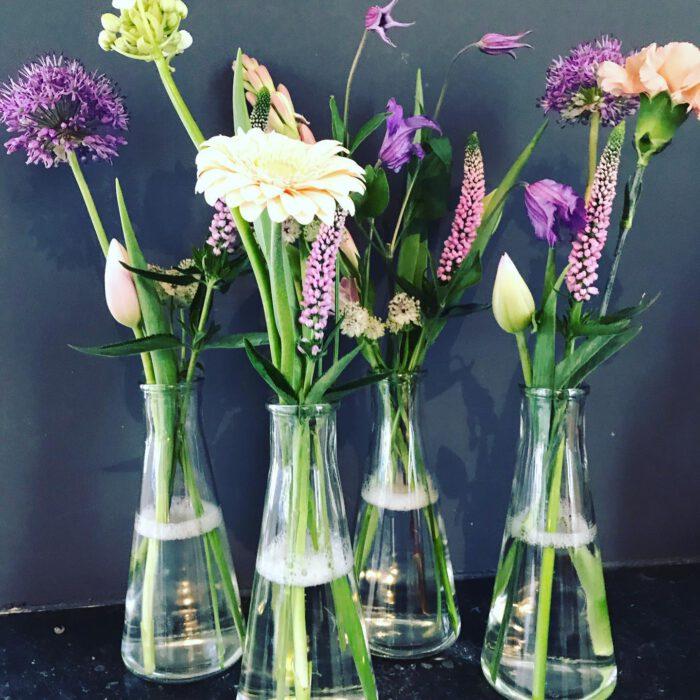 geluk bloemenatelier de astrantia bloemen
