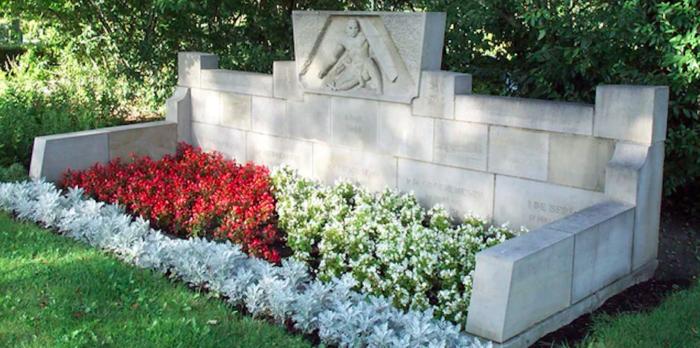 Terneuzen monument Westsluis